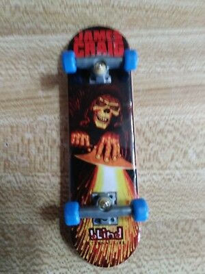 TECH DECK SERIES 8 Grim Reaper Fingerboard with Stand NEW