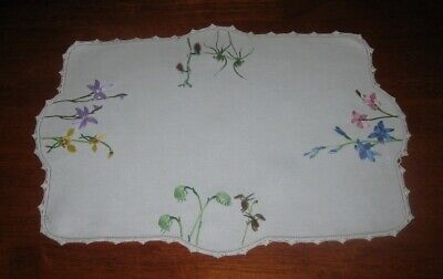 Vintage Hand Embroidered Tray Doily ~ Colourful Flowers