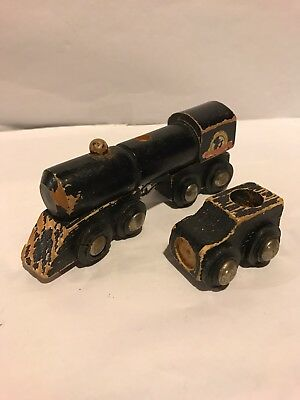 WHISTLING DIXIE BLACK 2-PIECE TRAIN CAR SET Wooden Vintage ROUGH SHAPE Thomas