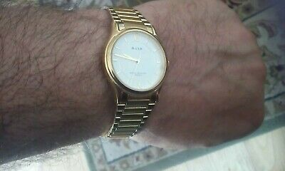 Avia Men's Ex Display Gold Plated Bracelet Watch. New Battery Gift Box
