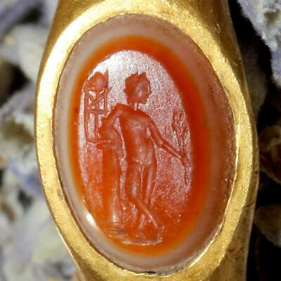 Ancient Roman 1st-3rd Century AD Gold & Banded Carnelian Intaglio Ring