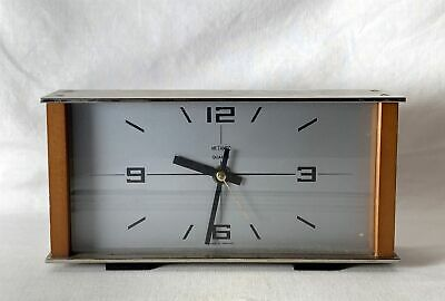 Vintage Tested Working Battery Operated Metamec Quartz Mantle Clock