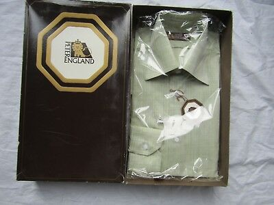 VINTAGE SHIRT new / boxed PETER ENGLAND GREEN with tag
