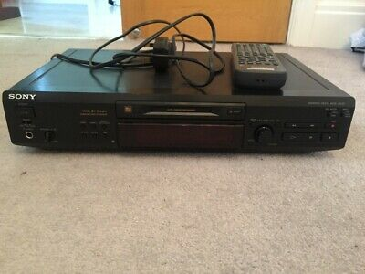 Sony minidisc player with remote disk music