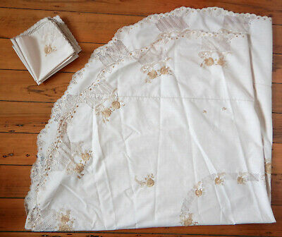 Beautiful vintage large embroidered oval tablecloth & eight matching serviettes
