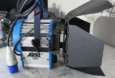 Arri 1000w 1000 light with ceeform 16a plug