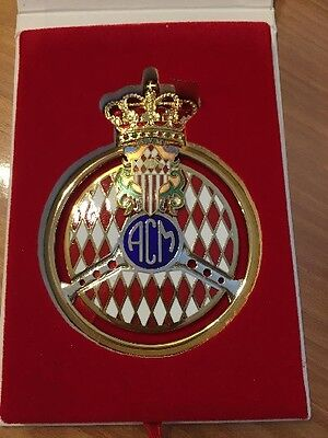 BADGE PLAQUE DE CALANDRE DOREE ACM MONACO F1 - golden Badge
