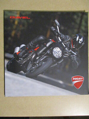 Catalogue Moto : Ducati : Diavel   11/2012.