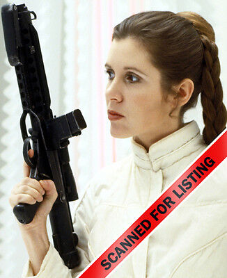 STAR WARS PRINCESS LEIA with Blaster Carrie Fisher 8X10 PHOTO #7140