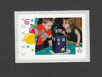 TARDIS CAKE. MINION DOCTOR WHO. Canada Picture Postage p7f2/3