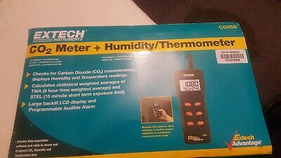 Extech CO250 Portable Indoor Air Quality CO2 Meter + Software, Case, Cable