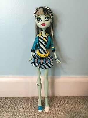 Monster High Picture Day Frankie Stein doll Mattel GUC