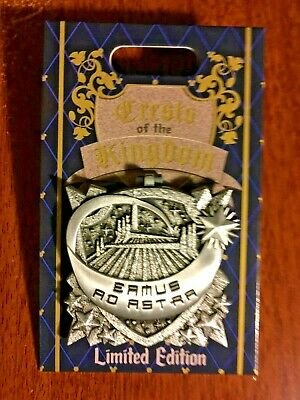 SPACE MOUNTAIN Disney Crests of the Kingdom 2019 Pin Hinged LE2000