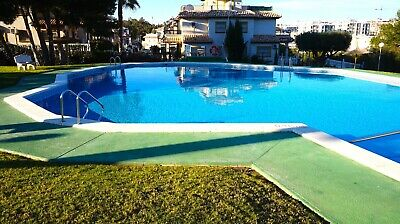 Costa Blanca South: 2 Bed 1st Floor Apart - Wi-Fi + Pool + A/C - Villamartin