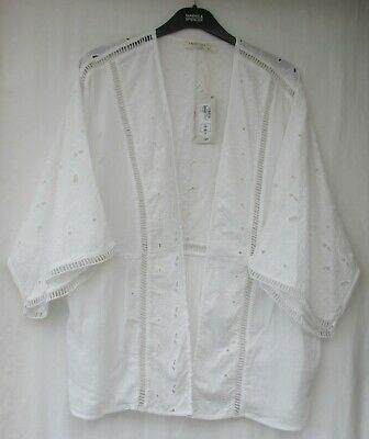 98aa562485 Ladies Marks And Spencer White Embroidered Cotton Beachwear Cover Up Size 16