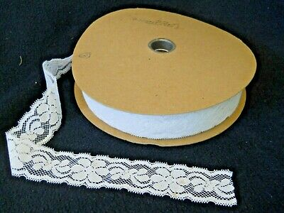 HUGE Spool of Vintage Floral Lace / Sewing / Crafts / wedding ( 2 )