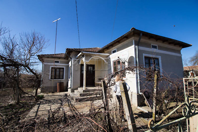 2-bedroom House for sale near General Toshevo, 30 km to the SEA