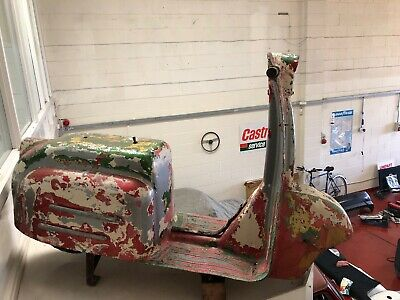 Fairground Ride Scooter 1960s Automobilia Vespa Lambretta Garage Display Scarce
