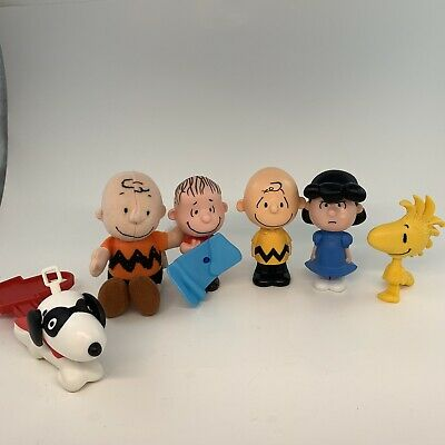 Charie Brown Peanuts Gang Desk Toys Cake Topper Toys Snoopy Lot Of 6