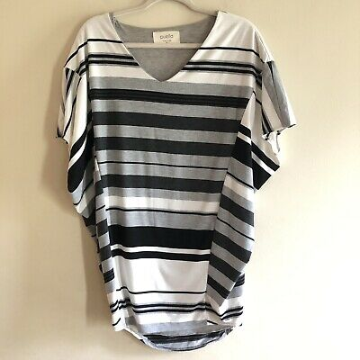 8b89714b132a8 Puella Anthropologie Size Small Short Sleeve Tunic Top Oversized Fit Black  White
