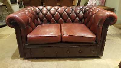 Chesterfield 2 seater sofa / love seat