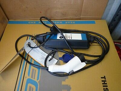 CITROEN C-ZERO  portable EV charger UK 3 pin plug 9482A339