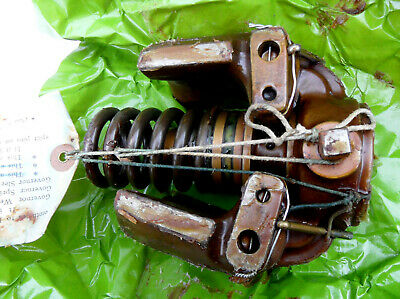 Gardner Engine Lw  Lk Govenor  Body And Weights And Spring New