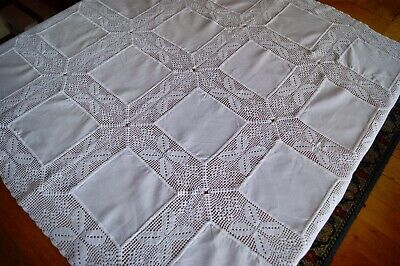 "VINTAGE HANDMADE WHITE COTTON AND CROCHET LACE TABLECLOTH 40"" Square #T17"