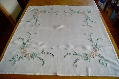 VINTAGE TABLECLOTH HAND EMBROIDERED with FLOWERS - UNUSED #T104