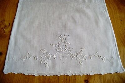 ANTIQUE VINTAGE FINE LINEN BABY or DOLL'S PILLOWCASE Whitework Embroidery P18