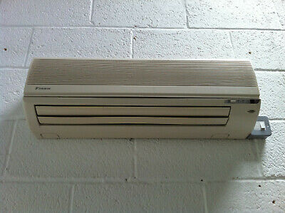 Daikin Air Conditioning Unit and Heat Pump with Remote more Avaliable.