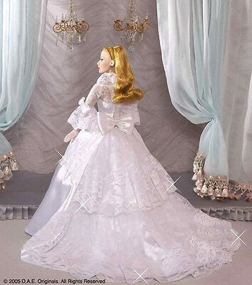 """DAE Originals ROMANCE Vivian Collection """"BELLS WILL CHIME"""" Wedding Gown  NEW"""
