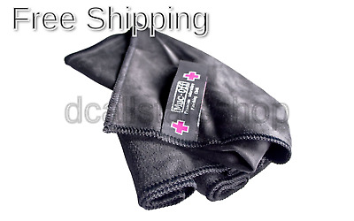 Muc-Off Microfibre Helmet & Visor Cloth