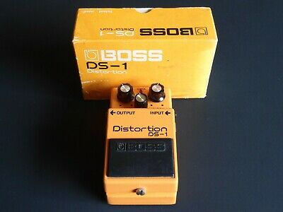 BOSS DS-1 Distortion pedal Silver Screw Long Dash Made in Japan MIJ vintage 1980