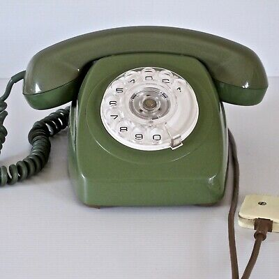 Telecom 802 Dial Telephone in Green, Full Working Order c.1970s