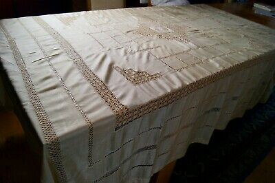 ANTIQUE VINTAGE CREAM SILK TABLECLOTH Needlelace Embroidery Drawn Thread Wk T76