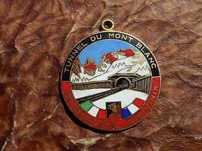 Medaille Courmayeur Tunnel Mont Blanc Chamonix Vallee D Aoste  Emaillee
