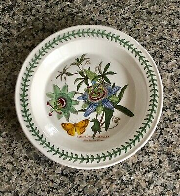 PORTMEIRION The Botanic Garden Round Oven to Table Pie Plate Blue Passion Flower