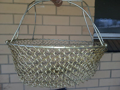 Vintage Wire Egg Basket Collapsible  (2)