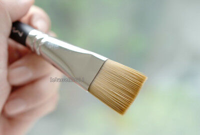 MAC #191 Square Foundation Face Brush Brand New in Sleeve
