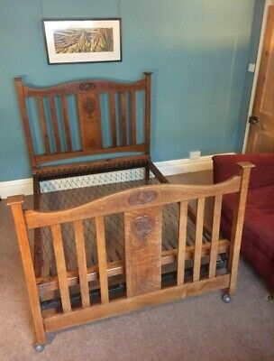 Beautiful Edwardian solid oak double bed made by Vono, original sprung base