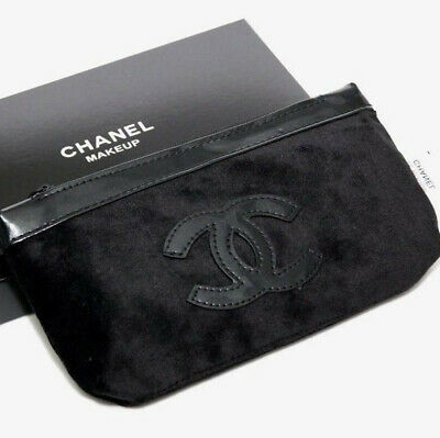 a291966a22c7 BRAND NEW CHANEL Canvas Vip Gift Shopper Bag With Gold Furniture ...