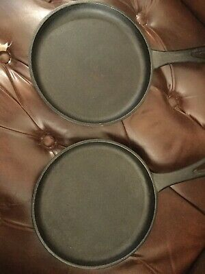 Lot Of 2 Small Cast Iron Skillets  (7 inch)