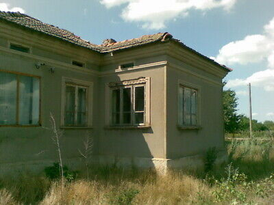 Bulgaria House in Zmeevo Village Dobrich located 25 km from Balchik and the sea