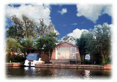 HOLIDAY COTTAGE, NORFOLK BROADS, FREE FISHING, SLEEPS 7, MoMo WiFi