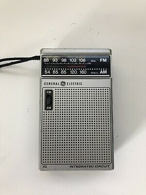 Vintage GENERAL ELECTRIC 7-2582A AM-FM PORTABLE TRANSISTOR RADIO Tested-Works
