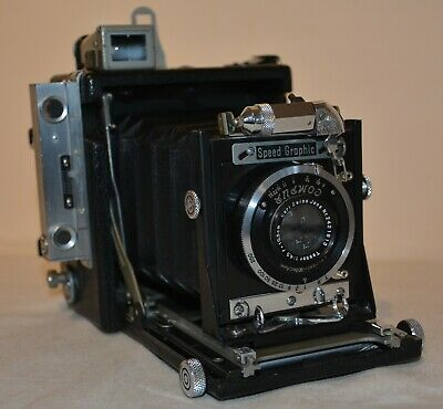 Graflex SPEED GRAPHIC press camera 1939, 2 1/4 x 3 1/4,  + film holder & adapter