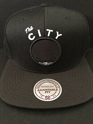 new arrival 001e4 ee359 Golden State Warriors Mitchell   Ness NBA Snapback The City Hat HWC Cap  Rare New