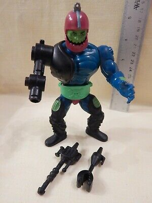 He-Man Masters of the Universe TRAPJAW Loose Claw Laser & Belt Tight Legs Stands