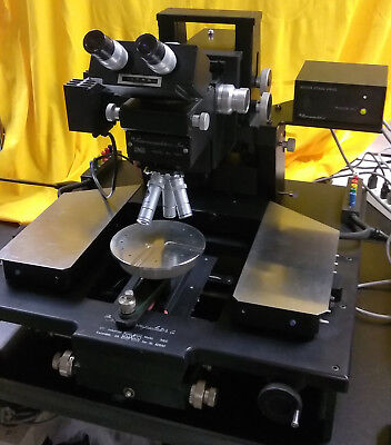 Micromanipulator 7000 Probe Station